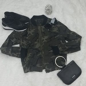 🆕️ Love Tree Army Jacket 🆕️